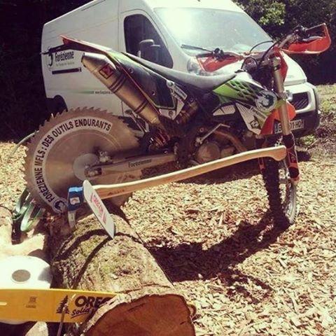 HVA racheté par KTM en motocross et enduro. Il semblerait que KTM ait de ce fait une envie de se lancer en matériel parc et jardin ... ;)